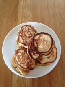 Pikelets for fussy baby!